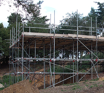 birdcage scaffolding erection